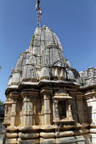 1025_Ambaji-Jain-Temple-2.jpg