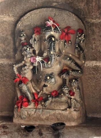 1025_Ambaji-Jain-Temple-3.jpg