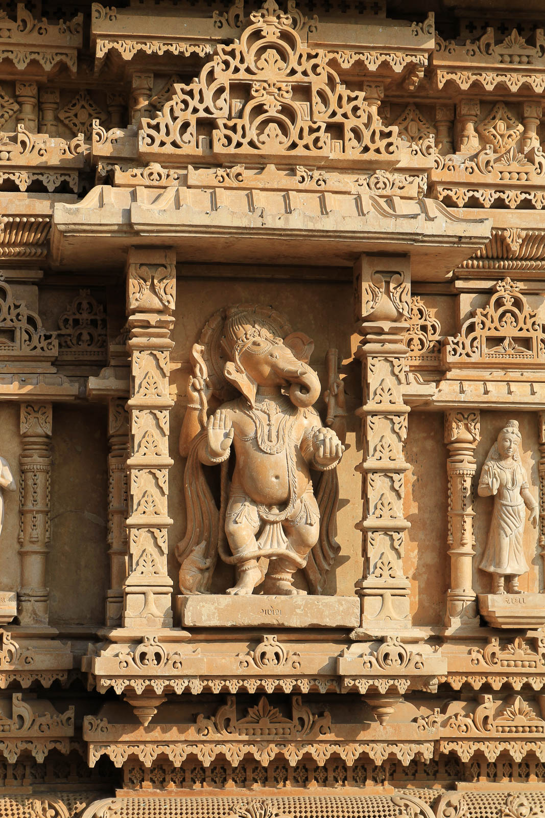 1031_Jamnagar_Sri-Swaminarayan-Temple-14.jpg