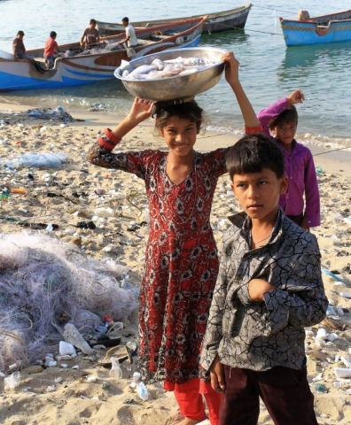 1102_Dwarka-fishermen-22.jpg