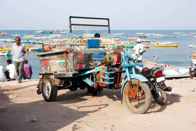 1102_Dwarka-fishermen-29.jpg