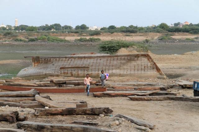 1029_Mandvi_Boat-8.jpg