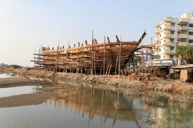 1030_Mandvi_Boat-5.jpg