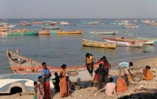 1102_Dwarka-fishermen-15.jpg
