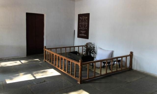 1108_Gandhi-ashram-3.jpg