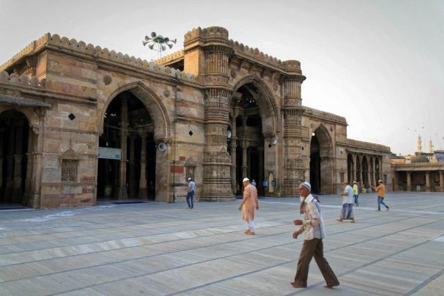 1108_Jumma-Masjid-mosque-1.jpg