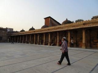 1108_Jumma-Masjid-mosque-23.jpg