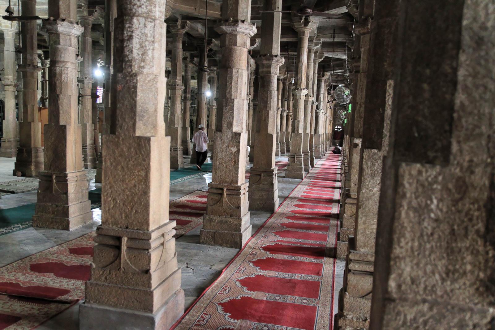 1108_Jumma-Masjid-mosque-3.jpg