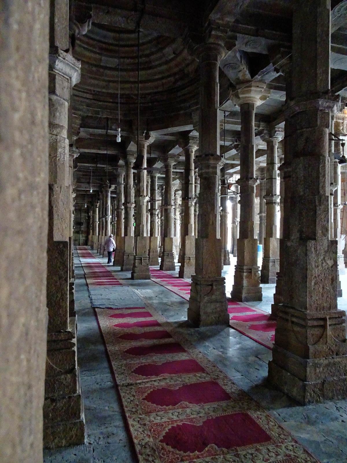 1108_Jumma-Masjid-mosque-4.jpg