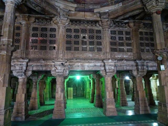 1108_Jumma-Masjid-mosque-8.jpg